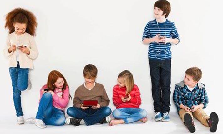 Ψηφιακή υπερφόρτιση στα παιδιά