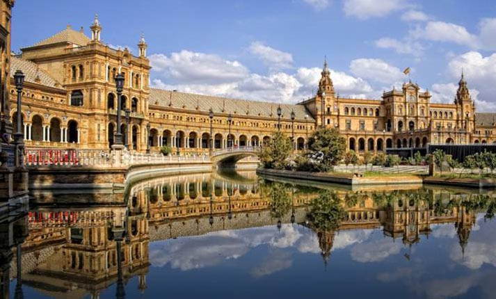 Σεβίλλη: Ο κορυφαίος προορισμός για το 2018