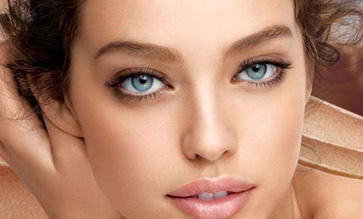 Τα μυστικά για ένα φυσικό μακιγιάζ