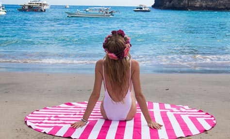 Τα πέντε must-have αξεσουάρ για την παραλία