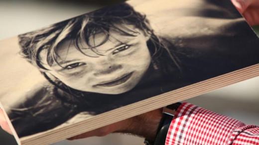 Τέλειο διακοσμητικό DIY: Δείτε πώς θα βάλετε μια φωτογραφία πάνω σε ξύλο