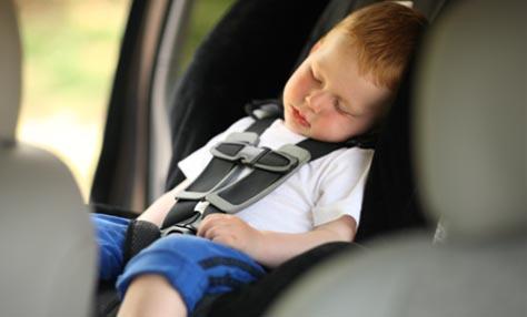 Θερμοπληξία: πώς να προστατέψετε τα παιδιά σας;