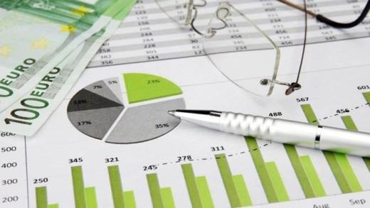 Τι προσφέρει η επιστήμη των οικονομικών και γιατί επηρεάζει την τσέπη μας
