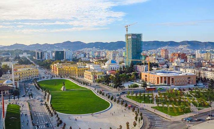 Τίρανα: Μια όμορφη πόλη