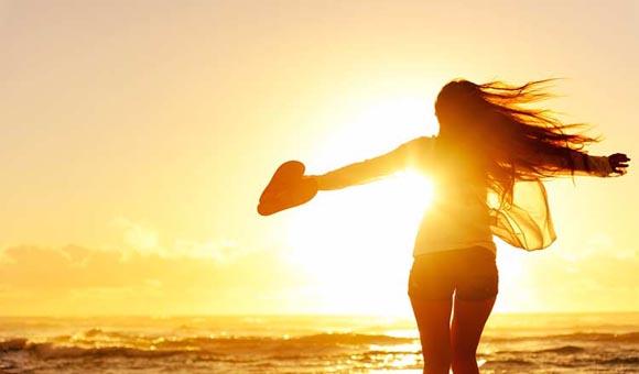 Το «κλειδί» για μια ευτυχισμένη ζωή: Να σου αρέσει ο εαυτός σου