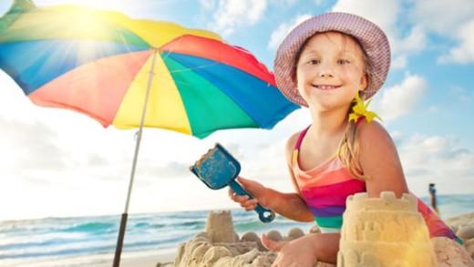 Το παιχνίδι στην άμμο είναι κάτι παραπάνω από ψυχαγωγία για τα παιδιά!
