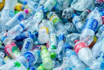 Το πλαστικό και πώς επιδρά η χρήση του στο περιβάλλον