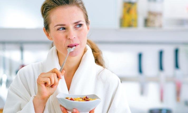 Τρία κοινά λάθη που κάνουμε στο πρωινό γεύμα