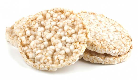 Χορταστικά σνακ με ρυζογκοφρέτες