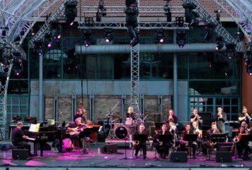 Χριστούγεννα στην Αθήνα - Όλη η Αθήνα μια μουσική σκηνή